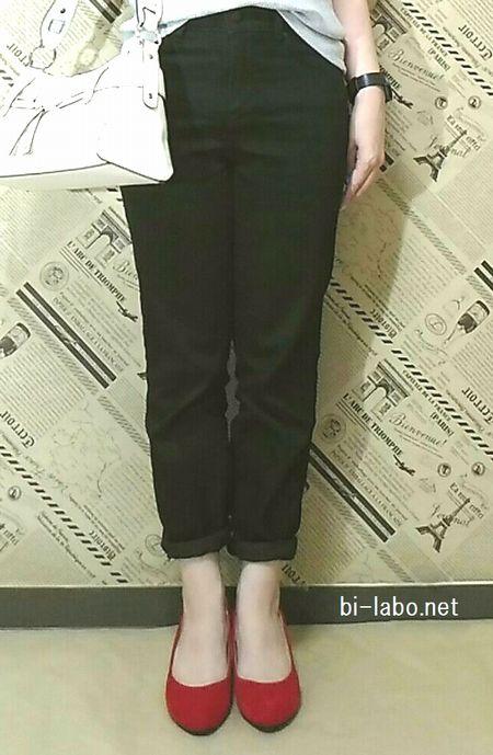 背が低い女性にも似合う、大人カジュアルコーデ4