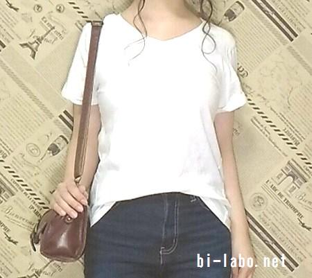 身長150cm以下女性向け、白Tシャツを使った夏の大人カジュアルコーデ525-2