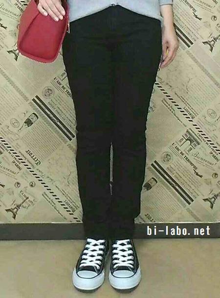 小柄な女性向け、ユニクロ×スニーカーで春の大人カジュアルコーデ518-3